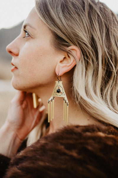 LUNASOL Designs - Arrowhead Earrings