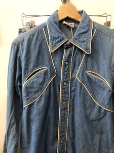 Vintage Western Cowboy Shirt with Pendant