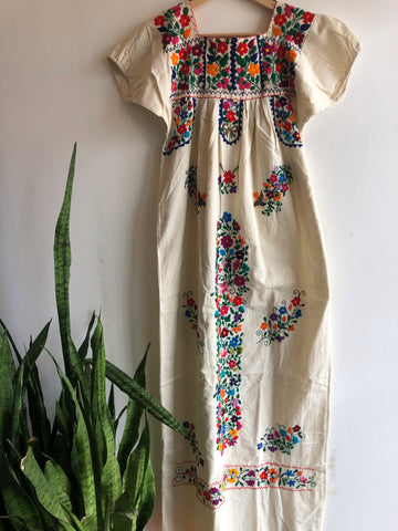 Vintage 1950's Mexican (Oaxaca) Embroidered Kaftan Dress