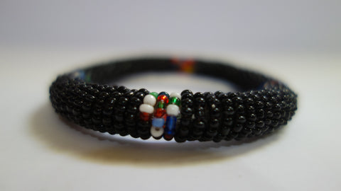 Maasai bangle black