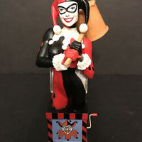 Harley Quinn Women of the DC Universe Bust