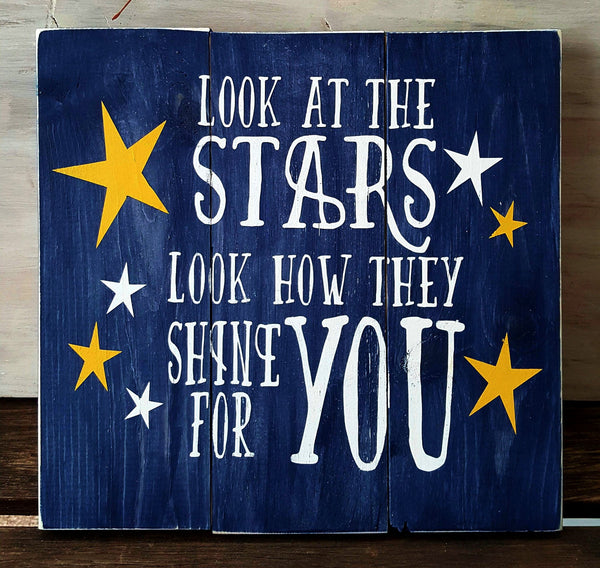Look At The Stars pallet sign - Kelly Belly Boo-tique