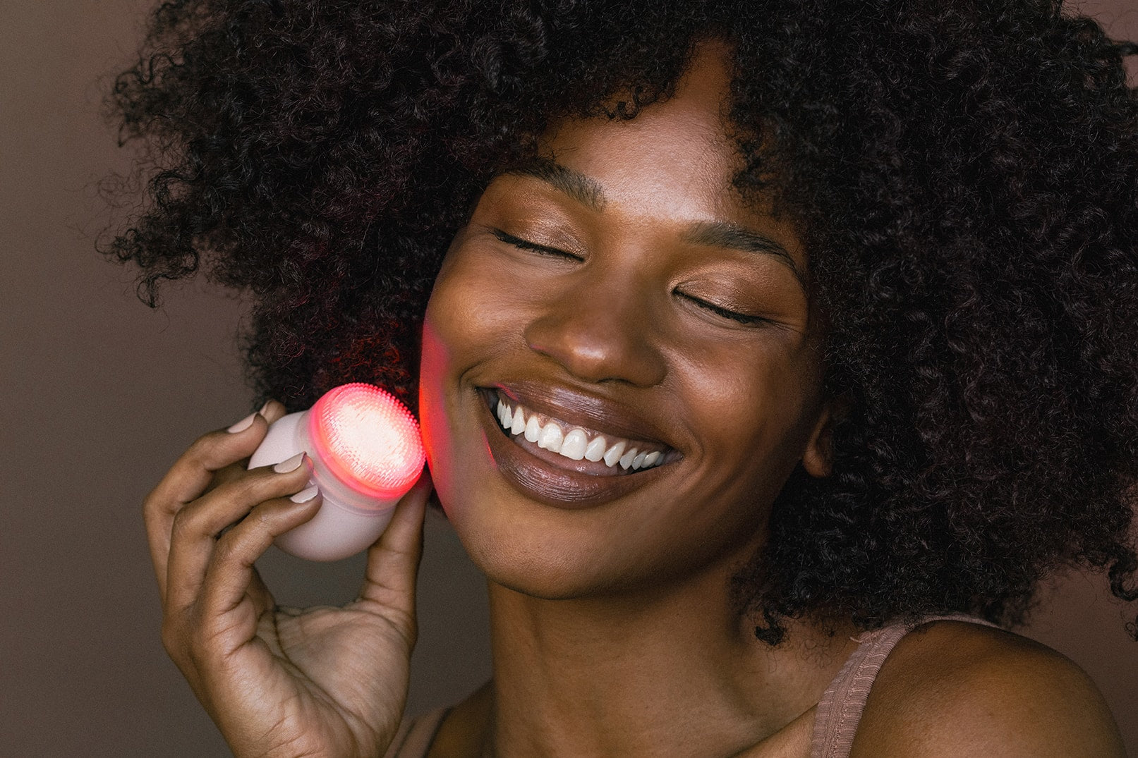 LED light therapy for your skin, anti aging treatment, treat fine lines and wrinkles with Red LED light