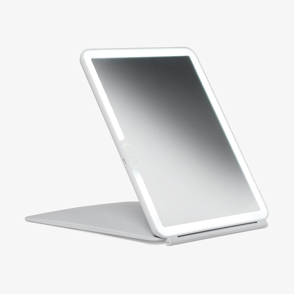 Pose | LED Travel Mirror.