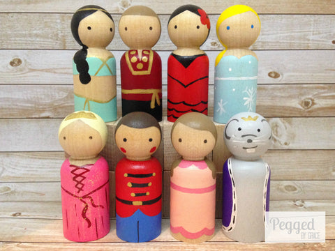 Nutcracker Peg Doll Set