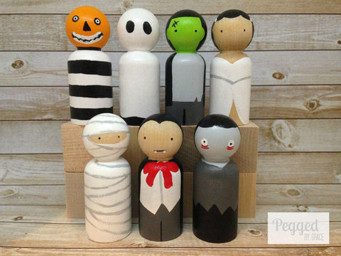 Halloween Friends Peg Dolls
