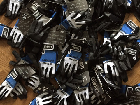 Estonia Custom Layout Gloves