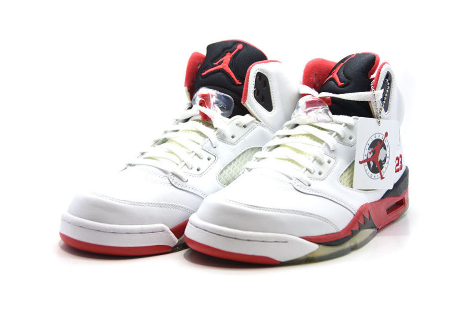 "Air Jordan 5 Retro ""Fire Red"" 2006"