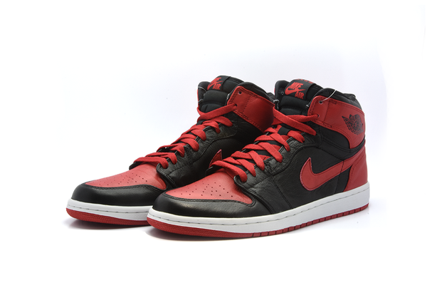 "Air Jordan 1 Retro High OG ""Bred"" 555088 023"