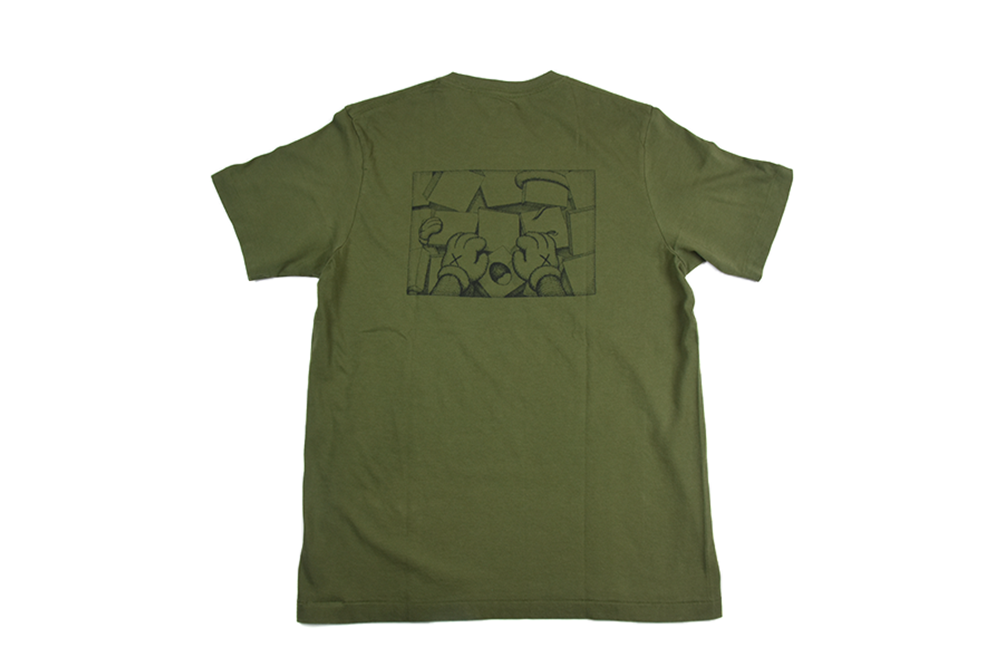 "Uniqlo x KAWS Graphic Pocket Tee ""Eyes"""