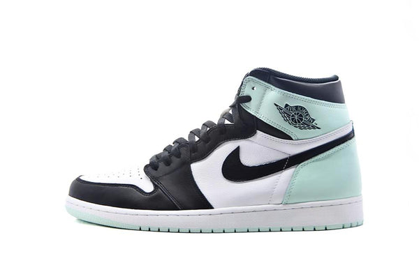 "Air Jordan 1 Retro High ""Igloo"""