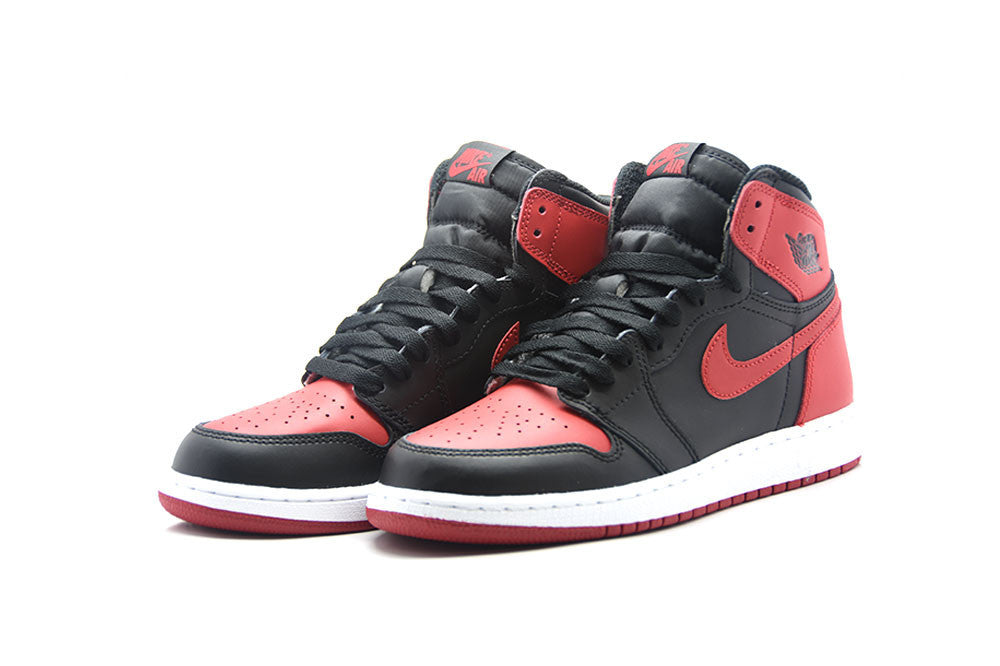 "Air Jordan 1 Retro High OG ""Banned"" 2016 BG"