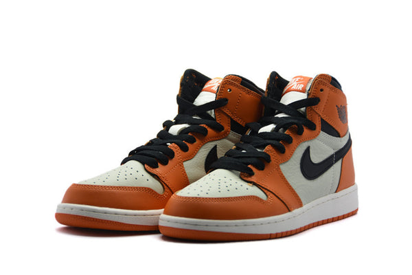 "Air Jordan 1 Retro High OG ""Shattered Backboard Away"" (GS)"