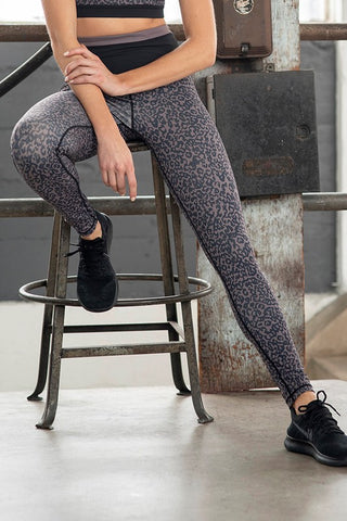 Lose Yourself Leopard Leggings
