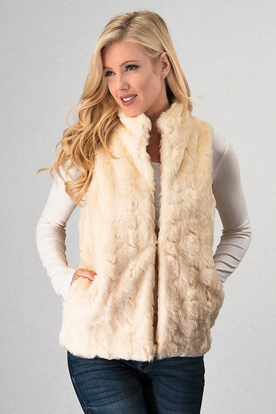 Fur sleeveless vest with hook