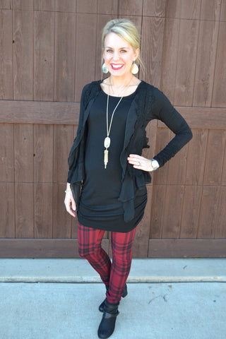 Plaid pants in Red or White