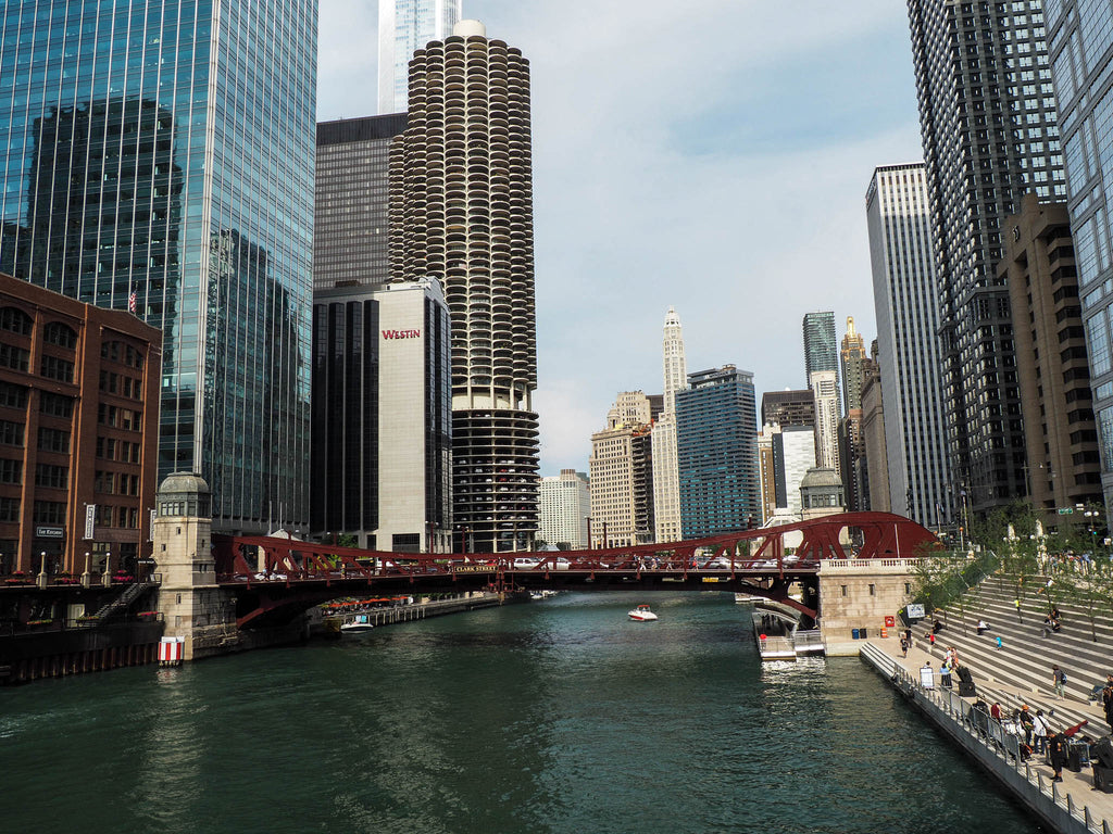chicago-river-michigan-bridge