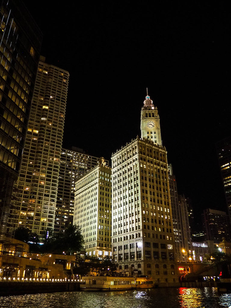 chicago-view-by-night