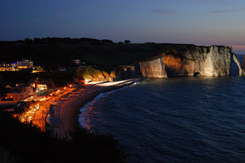 etretat-city-night-normandy