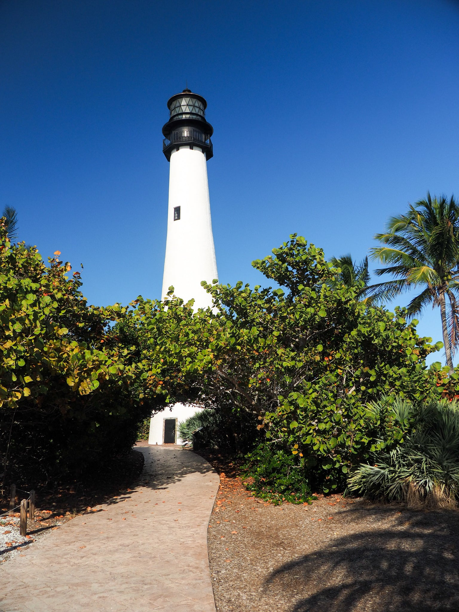 key-biscayne-lighthouse