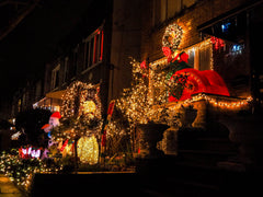 dyker-heights-christmas-decorations