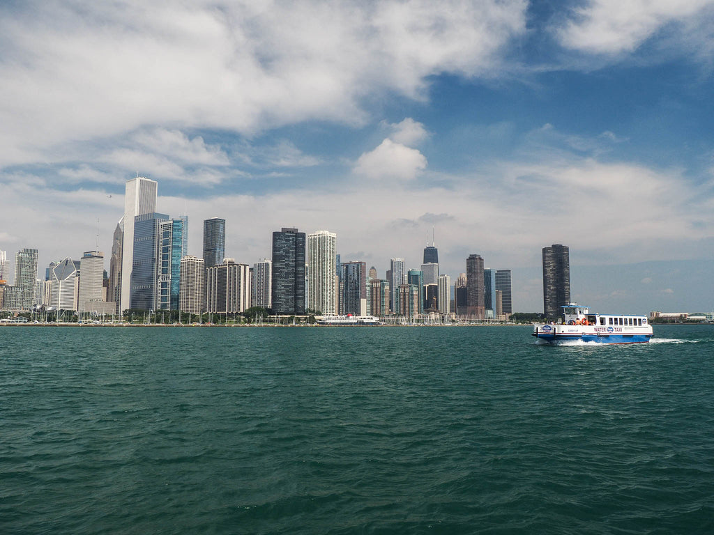taxi-boat-chicago