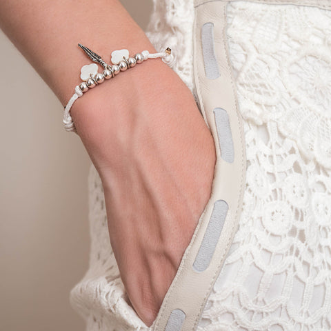 bracelet-white-flower-feather-giverny