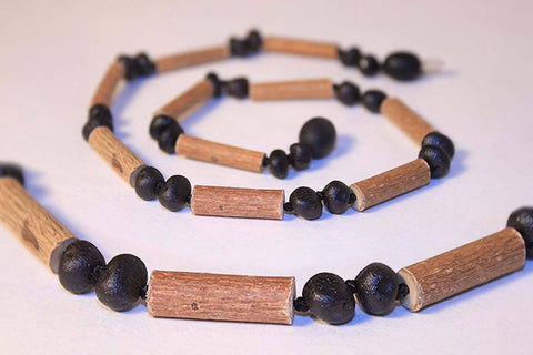 (12.5 in.) Baltic Amber & Hazelwood Teething Necklace - Unisex - CHERRY