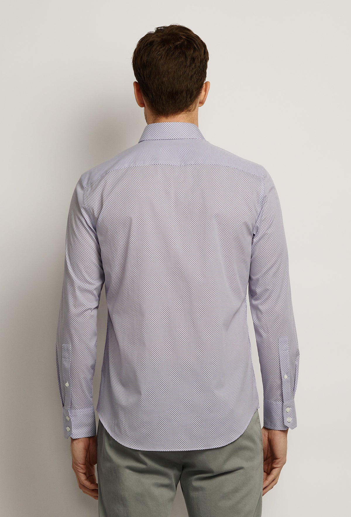 ZACHARY-PRELL-Wilson-ShirtsModern-Menswear-New-Dress-Code