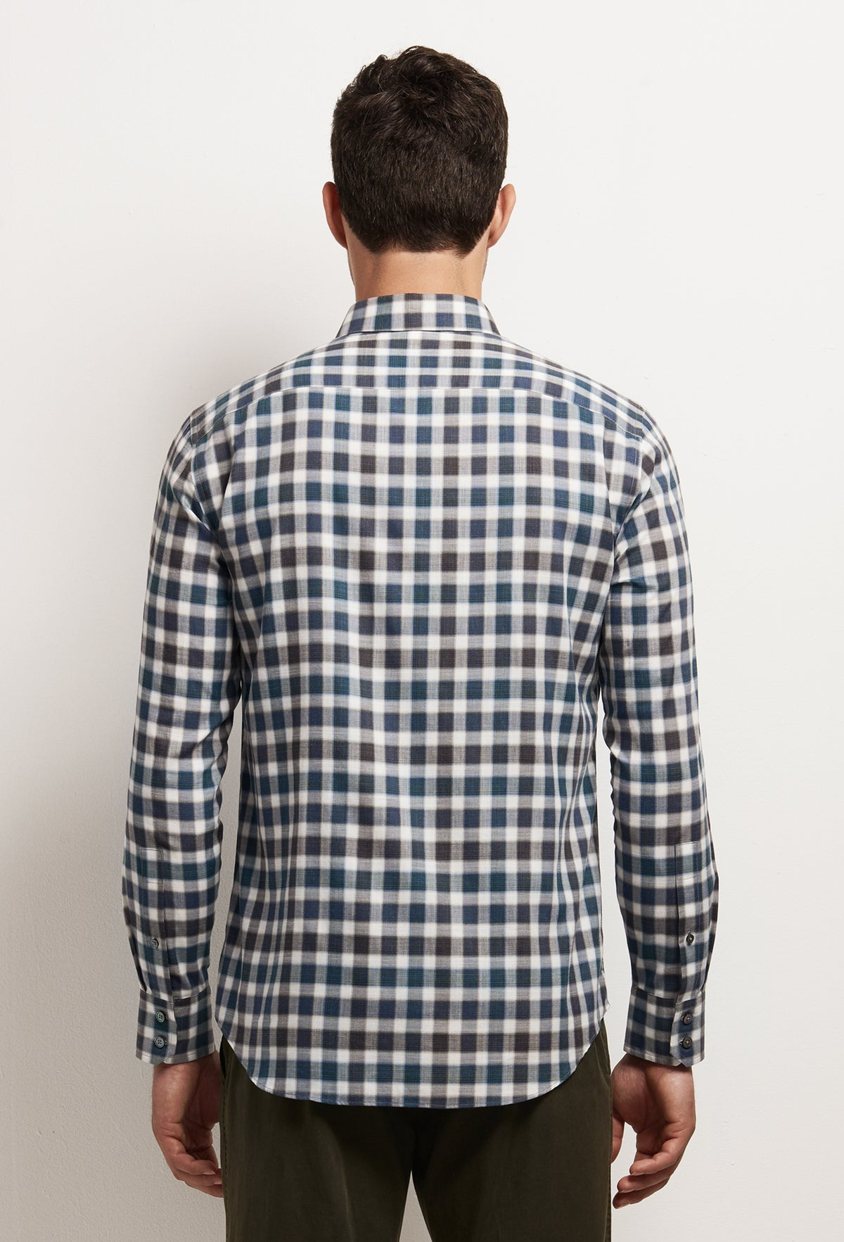 ZACHARY-PRELL-Buffa-ShirtsModern-Menswear-New-Dress-Code