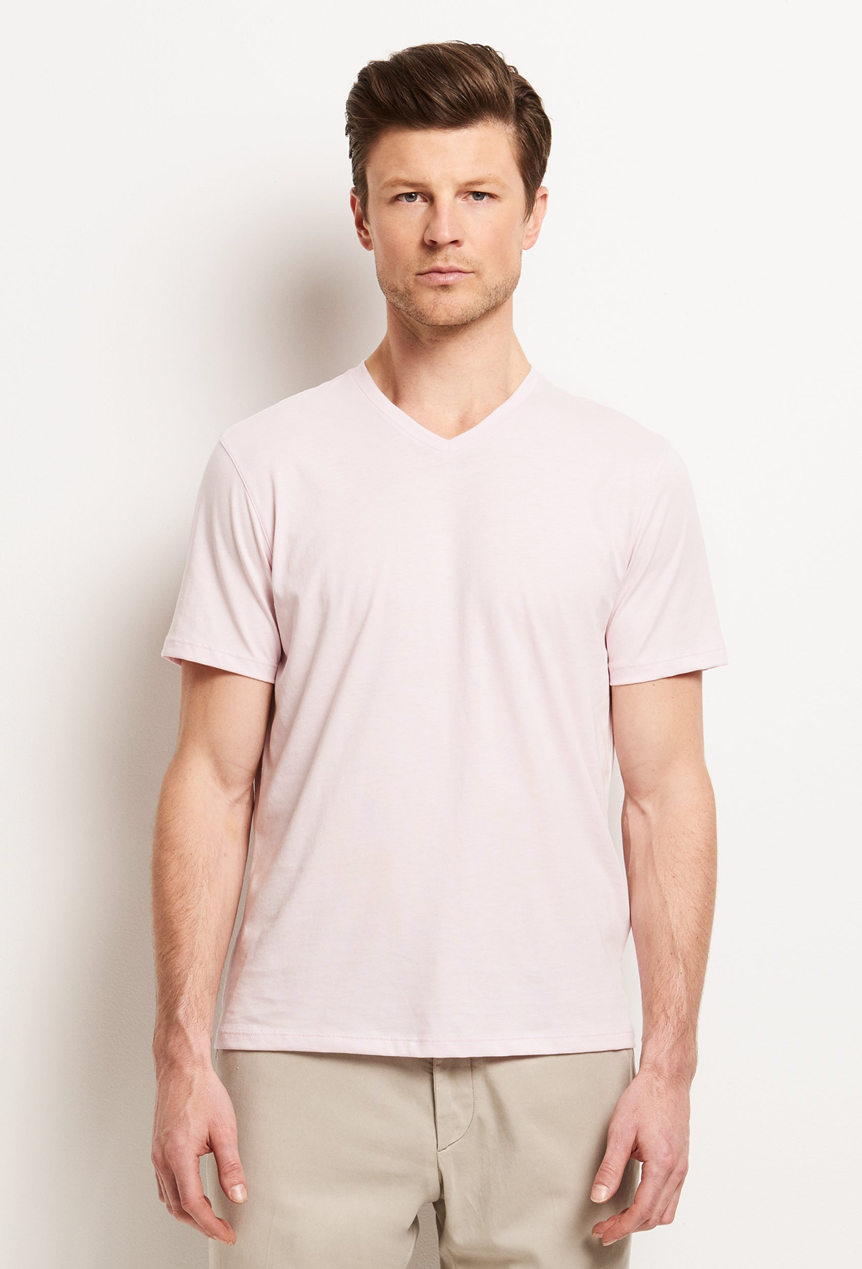 Mercer V T-Shirt | Zachary Prell