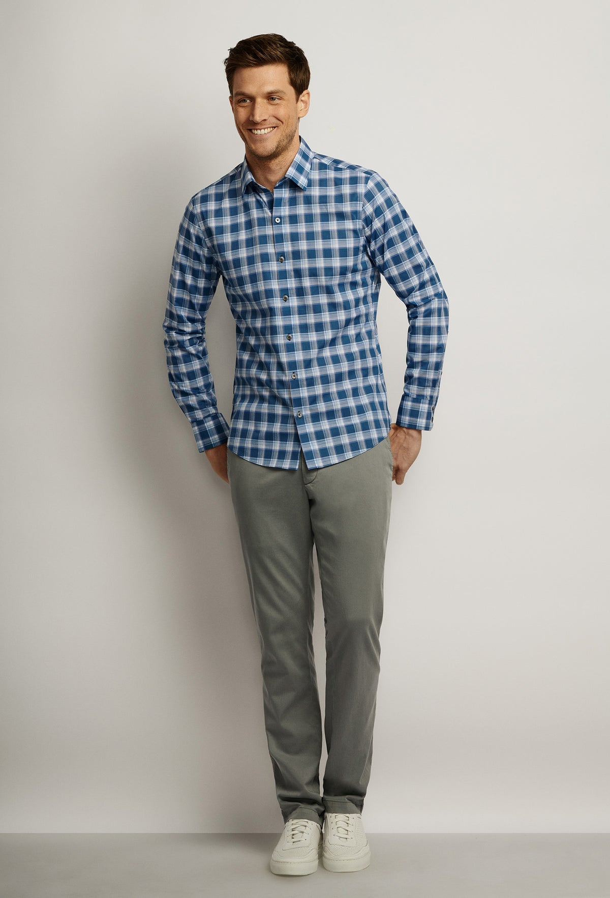 ZACHARY-PRELL-Albrecht-ShirtsModern-Menswear-New-Dress-Code
