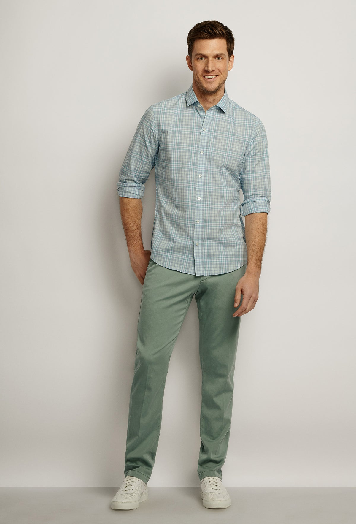 ZACHARY-PRELL-Zamora-ShirtsModern-Menswear-New-Dress-Code