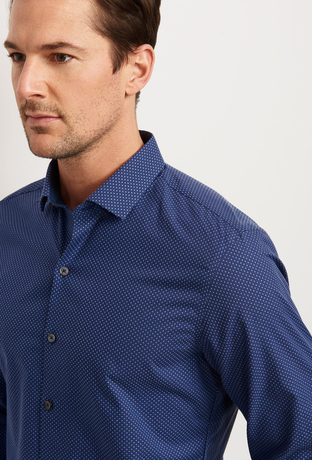 ZACHARY-PRELL-Klassen-ShirtsModern-Menswear-New-Dress-Code
