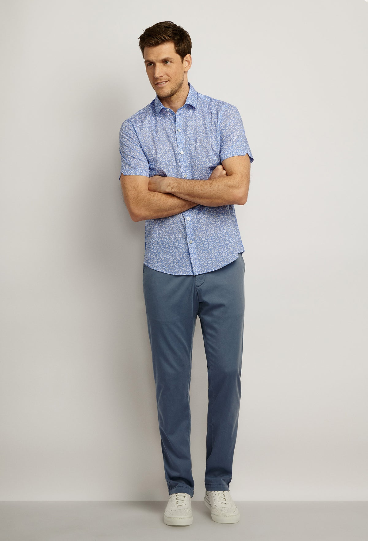 ZACHARY-PRELL-Defazio-ShirtsModern-Menswear-New-Dress-Code