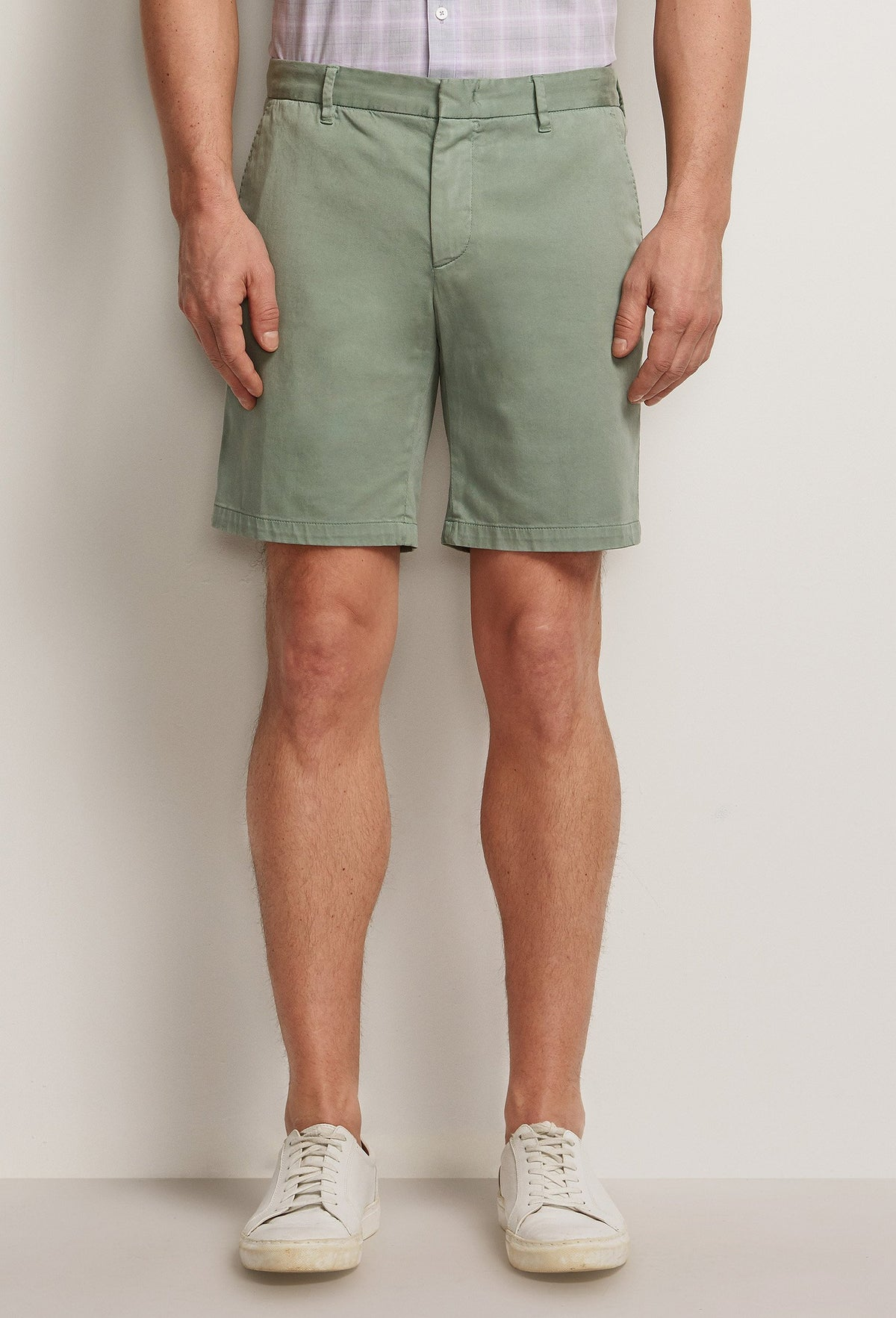 men's lightweight grey cotton shorts with pockets