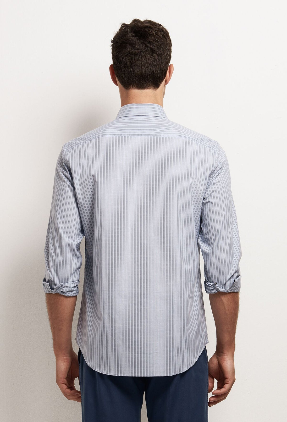 ZACHARY-PRELL-chu-ShirtsModern-Menswear-New-Dress-Code