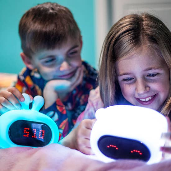 LumiPets - Bear Night Light with Emojis and Clock | kids at home