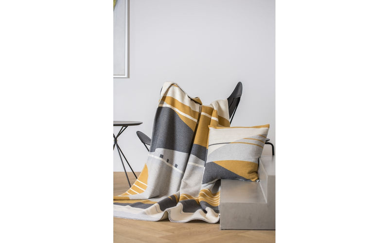 David Fussenegger Jade 100% organic cotton throw ''graphic-lines'' | kids at home
