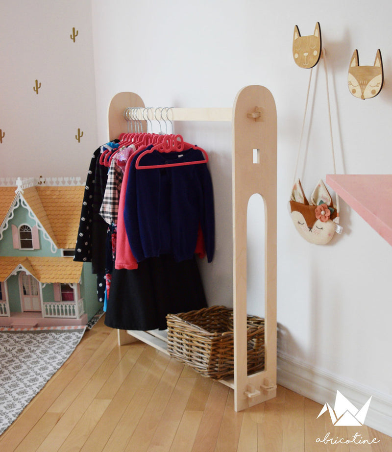 Abricotine coat rack | kids at home