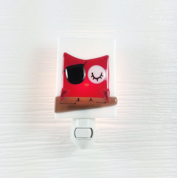 Veille Sur Toi Night Light - Pirate Owl | kids at home
