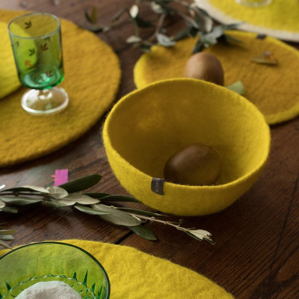 Muskhane | Medium Plain Felt Bowl - Sulphur Flower