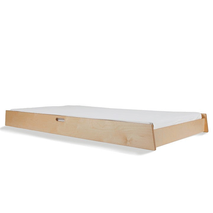 Oeuf Sparrow Trundle Bed - Birch | kids at home