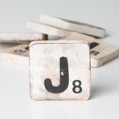 Cotton Counts - Houten deco letter J8 - Studio Thien