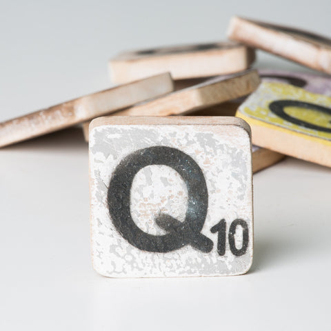 Cotton Counts - Houten deco letter Q10 - Studio Thien