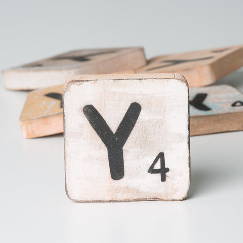 Cotton Counts - Houten deco letter Y4 - Studio Thien