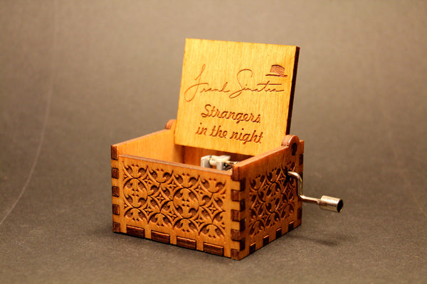 Engraved wooden music box Frank Sinatra Strangers In The Night