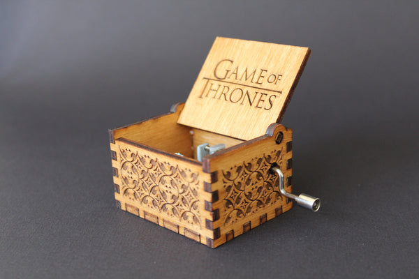 Engraved wooden music box Game Of Thrones - Theme
