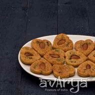 Kaju Puri Heart Big (12pc) - By Avarya