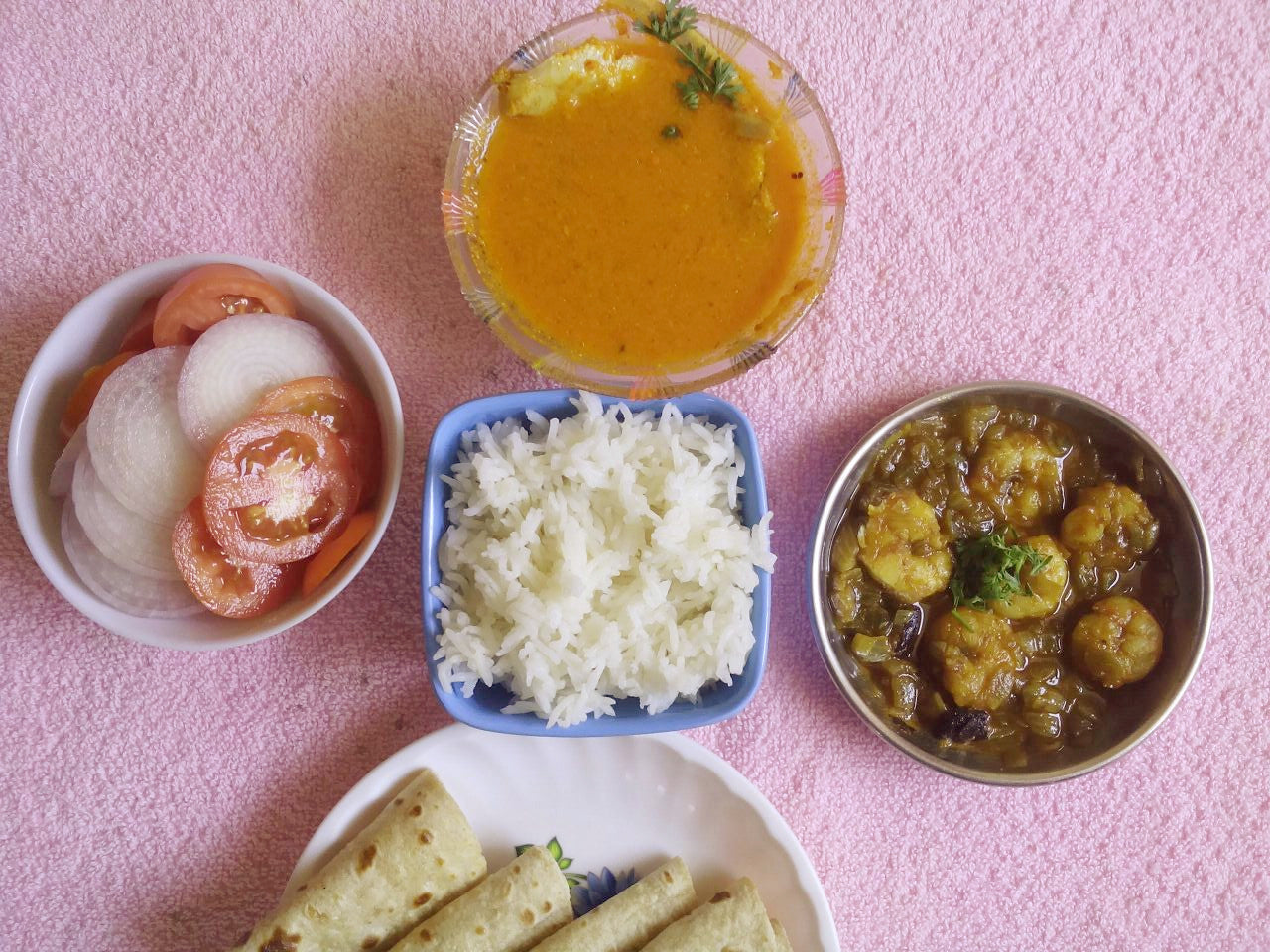 Mandeli (Golden Anchovies) Fish Curry with Rice, Kolmi (Prawns) Masala, Chapati & Salad -  - Homely - By Asha Parab